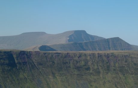 Beacons Landscape – The highest points in the Brecon Beacons from the east (Endurance Route)