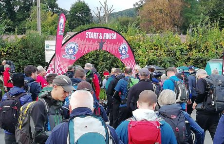 Beat The Beacons – Walkers Leaving at Start